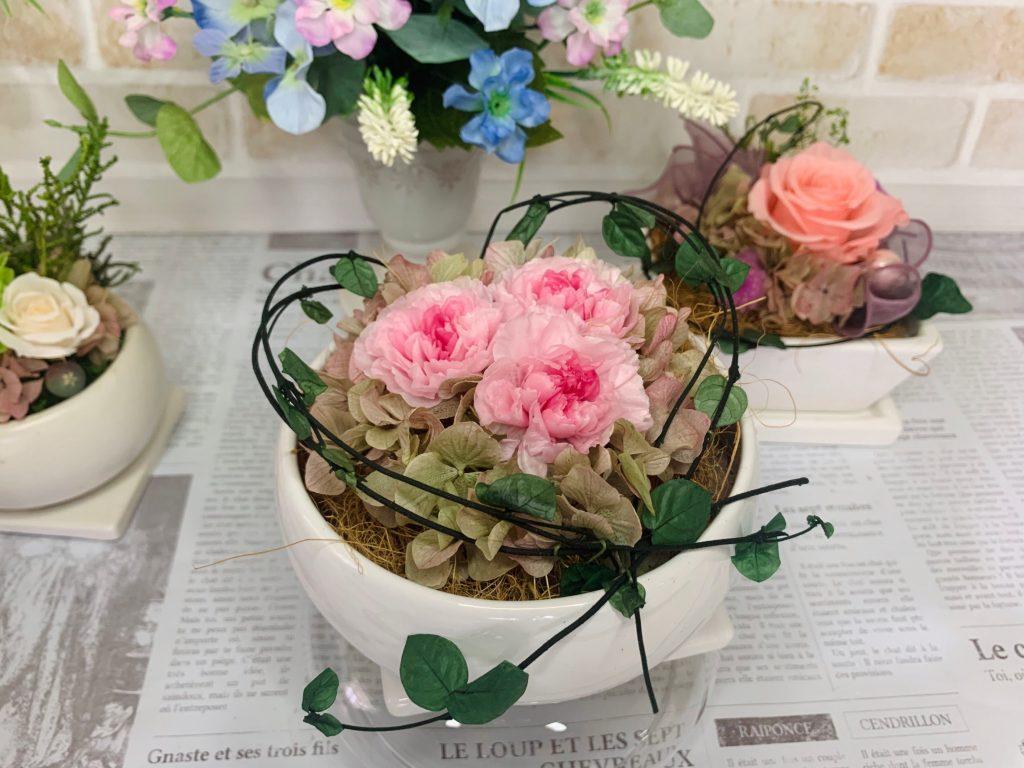 和でも洋でも植える植物を選ばない使いやすい植木鉢リディー