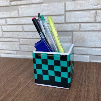 大人気の市松模様小物入れペン立て子供文房具入れ可愛いアニメグッツ