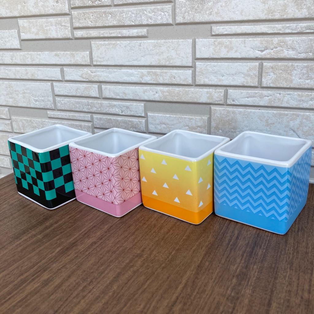 大人気日本伝統模様シリーズアニメグッツキャラクターグッツ陶器製植木鉢