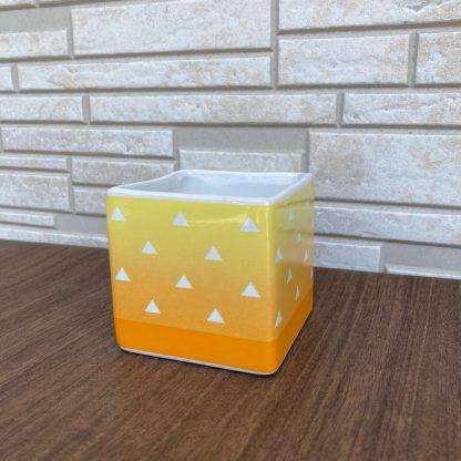 アニメグッツ黄色伝統模様ウロコ柄黄色植木鉢プレゼント記念贈り物誕生